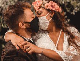 The Wedding Knot Siena Wedding Planner Sposi con mascherina
