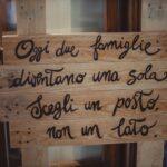 targhetta in legno oggi due famiglie si uniscono - organizzazione matrimoni siena