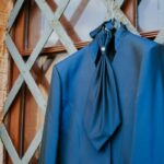 Foto vestito sposo blu | wedding planner Siena Toscana